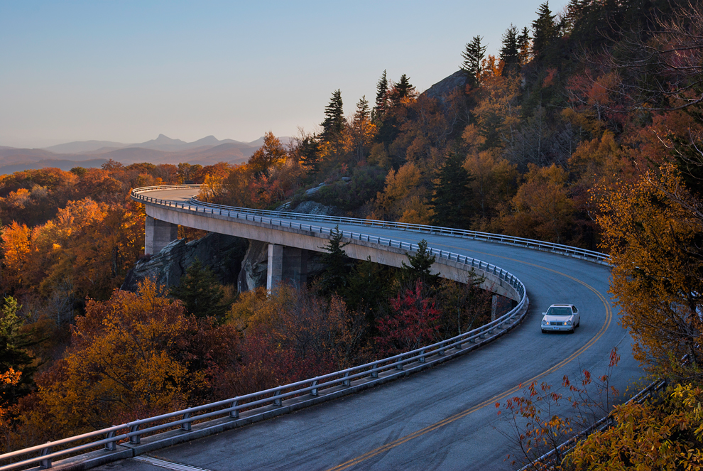 linn cove viaduct blue ridge parkway north carolina photos
