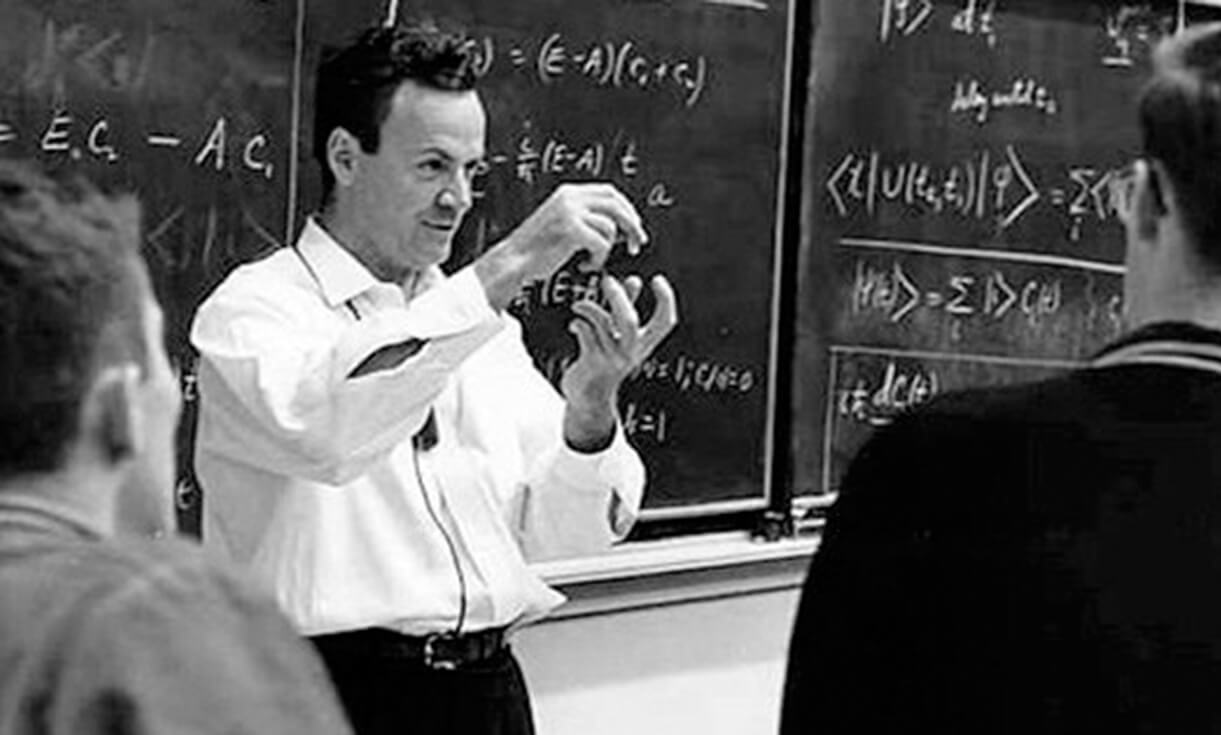 Richard Feynman teaching some of his mental models to physics students.